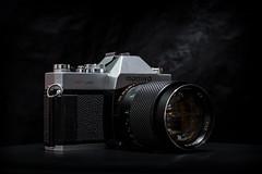 MSX 500 & Mamiya Sekor SX 1.7/85 (::Lens a Lot::) Tags: msx 500 manufacturedbymamiyacameraco mamiya sekor sx 85mm f17 1974 | 8 blades iris m42 carl zeiss planar t 50mm 80s 6 cy mount f11