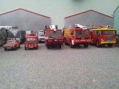 Airport fire service (quicksilver coaches) Tags: morris marina landrover rangerover tacr2 simon glostersaro protector javelin thornycroft nubian fireappliance fireengine oxforddiecast atlaseditions 176 oo diecast model