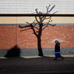 Shadow (JEFF CARR IMAGES) Tags: towncentres northwestengland tameside ashtonunderlyne