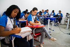 Elisângela Leite (REDES DA MARÉ) Tags: americalatina brasil complexodamaré drywall favela maré novaholanda ong redesdamaré riodejaneiro aula curso jovem placas
