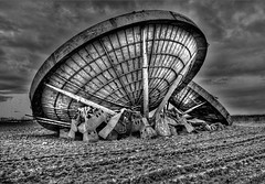 The Cold War. (steveshaw67) Tags: stenigot radar war dishes lincolnshire
