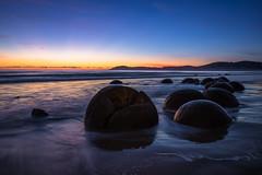 Moeraki Sunrise (Daniel.Peter) Tags: moeraki moerakiboulders nz neuseeland newzealand dpe3x landscape seascape