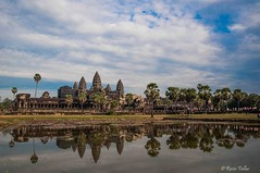 Reflejos (just_myeye) Tags: angkorwat camboya cambodia reflejos reflect siemriep nikon d5000