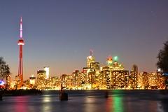 Toronto, Canada (leo_li's Photography) Tags: longexposure 夜景 cntower tourcn lakeontario canada ontario toronto 加拿大 多伦多 多倫多 安大略 安大略省 nightscape night