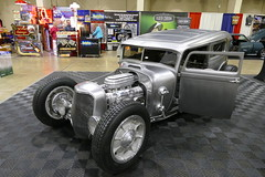 HotRod sedan (bballchico) Tags: 1929 hotrod sedan chopped gnrs2017 carshow