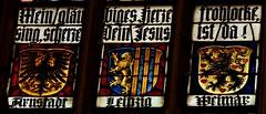 Rothenburg ob der Tauber (Alemania). Iglesia de Santiago. Vidriera. Escudos (santi abella) Tags: rothenburgobdertauber rotemburgo rothenburg baviera bayern alemania germany vidrieras