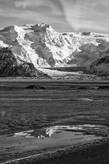 bw window-2 (Nicola Demegni) Tags: 2017 islanda nicolademegni frameontherun iceland landscape landscapephotography nikonphotography nikonitalia nikon natgeo natgeotravel travelphotography naturephotography