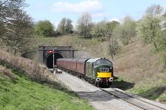 D6948 (37248) Class 37/0 diesel electric locomotive (Roger Wasley) Tags: d6948 37248 class 370 diesel electric locomotive greet tunnel gwsr gwr gloucestershire warwickshire steam railway uk rail britain british trains