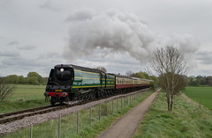 34081 - Castor Straight - 15.04.2017 (Tom Watson 70013) Tags: battle of britain 34081 92 squadron steam train engine locomotive nvr nene valley railway easter special peterborough lynch bridge river castor bank straight ferry meadows
