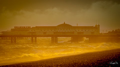 The Palace on the sea 海上宮殿 (T.ye) Tags: brighton pierre wave sunset landscape mist beach cloud palace england 海邊 布萊頓 英國 日落