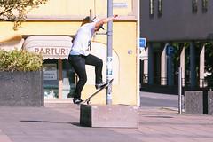 Niko - Switch fs bluntslide (Juha Helosuo) Tags: skateboarding street turku finland switch fs blunt bluntslide slide curb frontside switchstance skateboard