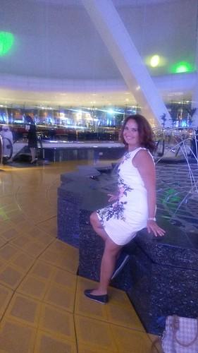 Dubai 1836x3264-008