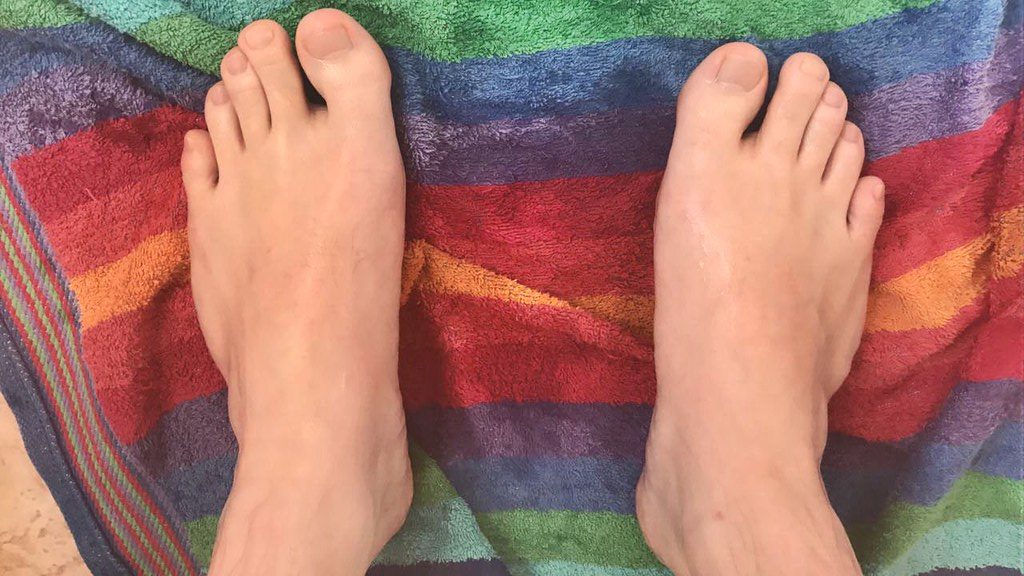 The World\'s Best Photos of feet and frenchnails - Flickr Hive Mind