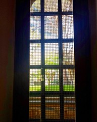 Secret garden (lisbethsalander <3) Tags: finestre giardini ilchiostromaiolicatodisantachiara