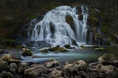 Toute pour moi (cedric.chiodini) Tags: waterfall pissieu eau water canon 1dx pierres rocks le longexposure poselongue encoreuntourdumonde tenaspasmarre
