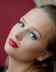 Blue eyes & red lips (Kai Beinert) Tags: blonde beautiful girl shooting cute nikon bokeh portrait red lips blue eyes blondine woman personen porträt german pretty hübsch sensual