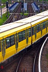 Gleisvorfeld U Hönow (M. Schirmer Berlin) Tags: ubahn berlin u5 hönow gelb gleise weichen vorveld h
