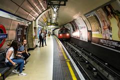 Minding the Gap (The Crewe Chronicler) Tags: london londonunderground underground theunderground tube thetube knightsbridge knighstbridgestation knightsbridgeundergroundstation canon canon7dmarkii station tubestop