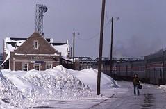 Piled high in Streator (Zeolite C O) Tags: southwestlimited amtrak santafe streator illinois kodachrome winterfoaming 1979