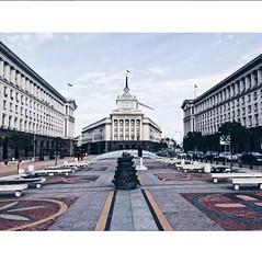 Socialist Classizism (about.Jon) Tags: largo sofia bulgaria socialist classizsm sqaure communist architecture communism urban city balkan