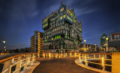 Dutch architecture, Zaandam (urbanexpl0rer) Tags: inntelhotel intellhotelzaandam zaandam architecture building nopeople longexposure evening sky lowangleview stars