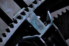 _2012.06.16 - 030-1-R. VA. (David Velasco.) Tags: acero abstracto máquinas azul