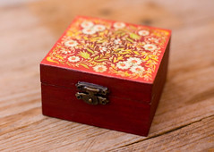 Handmade red floral decoupage box (purdeybarcelona) Tags: jewellerybox gurdey trinketbox littlebox decoupage