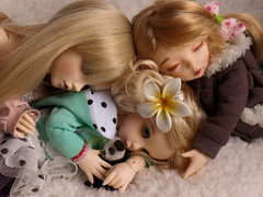 Babysitting (WennieBJD) Tags: ball dolls erin leah chloe willow fairyland ante miya jointed mnf bjds ltf minifee littlefee