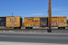 (huntingtherare) Tags: train bench graffiti freight southbound rollingstock rbox benching railrbox
