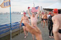 triumphant kelly (bkusler) Tags: nyc newyorkcity newyork swim statueofliberty libertyisland redtide nycswim