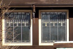 Frank Lloyd Wright In Riverside Il. The Tomek House , Glass (MindsiMedia 2012) Tags: architecture franklloydwright architect prairieschool nationalhistoriclandmark riversideil 150nuttailroadriversideil thetomekhouse theshiphome nationalhistoricdistrictil