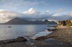 Elgol (Keartona) Tags: mountains skye beach water landscape evening scotland isleofskye shore loch elgol