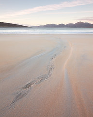 Luskentyre - Channel (David Kendal) Tags: nd lowtide hebrides outerhebrides luskentyre isleofharris sandpatterns traighrosamol losgaintir scottishcoastline