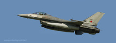 F16A  15101  Portuguese Air Force in flight (John de Grooth) Tags: f16a15101portugueseairforceinflight fightingfalcon f16a15101 portugueseairforce inflight leeuwarden vliegbasis frisianflag 2017 50500mm sigma bigma d7000 nikon fighter airplane airbattle straaljager bomber vliegbasisleeuwarden vliegoefening oefening piloot bommenwerper viper f16abmlu f16abmlumidlifeupdate generaldynamics lockheedmartin gevechtsjager gevechtsjagers nato verdrag luchtmacht defensie sigma50500mmf4563apodgoshsm sigma50500 sigma500