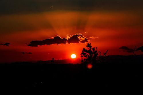 Sunset in The Tanzawa Mountains : 丹沢山塊に沈む夕日