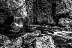 The waterfall (khan.Nirrep.Photo) Tags: longexposure auvergne thiers cascade waterfall blackwhite byadmincanoneos70d canon eos70d