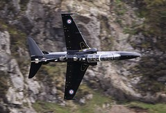 valley (Dafydd RJ Phillips) Tags: hawk t2 systems bae valley raf loop mach level low military aviation