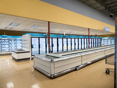 Low ceiling... (Nicholas Eckhart) Tags: america us usa columbus ohio oh retail stores former closed empty closing gianteagle supermarket groceries interior