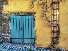 Back alley view - iPhone (Jim Nix / Nomadic Pursuits) Tags: vine door travel alley europe germany rothenburg snapseed iphone