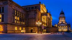 Gendarmenmarkt Berlin (K.H.Reichert) Tags: berlin night deutschland architektur historical konzerthaus denkmahl historisch blauestunde monument nightshot schiller nachtfoto nacht germany gendarmenmarkt de