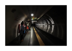 Tunnel Vision (CJS*64) Tags: rome italy cjs64 craigsunter cjs nikon nikkorlens nikkor metro tube station tubestation passengers waiting manzoni tracke tunnel j5 nikonj5