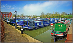 Braunston Marina in March (Jason 87030) Tags: wharf marina brindleyquays water crt braunston northants northamptonshire boats craft narrowbaot vessel moorings mist sun sky refelction canalside guc grandunioncanal blue scne view