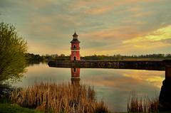 LEUCHTTURM MORITZBURG (Gila98) Tags: leuchtturm moritzburg rosa wasser see natur sonnenuntergang stille ruhe