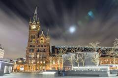 20170419_F0001: Moonlit St Pancras at King's Cross square (wfxue) Tags: london kingscross stpancras kingscrosssquare rail station building street structure archetecture art clock tower night light bright moon moonlight flare trees clouds windy people city longexposure