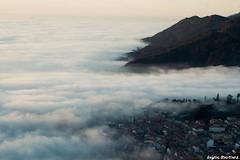 Mar de neboa (92alegna) Tags: aguarda neboa santatecla galicia galiciameiga fog village mar mardeneboa