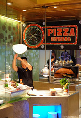 Mad for Wagyu Pizza Station (clapanuelos) Tags: edsashangrila restaurant wagyubeef shangrilahotel