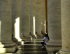 Non voglio ballare (AlessandroDM) Tags: roma sanpietro colonne bernini