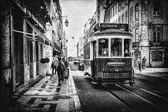 bom dia (Des.Nam) Tags: nb noiretblanc noirblanc bw blackwhite monochrome mono tram tramway rue personnes street streetphotographie lisboa lisbonne fuji fujinon fujifilmxpro1 silverefex desnam capitale 1024mm wonderfulworld
