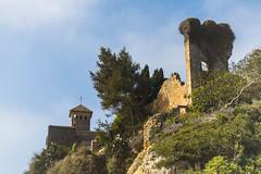 Castillo de Tamarit (Redstone...) Tags: altafuya tamarit ruinas torreon castillo murallas poblado