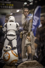 Rey and BB-8 - Sideshow Collectibles (Greg Larro Photography) Tags: sideshow collectibles toy toys action figure figures display detail star wars celebration orlando 2017 swco starwars lucasfilm disney greg larro photography photograph photo rey bb8 bb 8 force awakens jakku droid